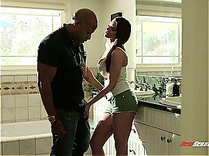 huge-boobed stepdaughter rails her gigantic ebony dad